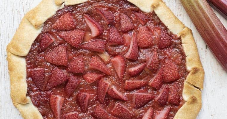 Strawberry Rhubarb Galette: The Ultimate Vegan Dessert!