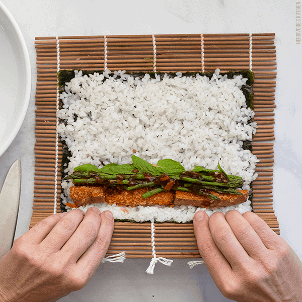 How to Make Sushi Step 4