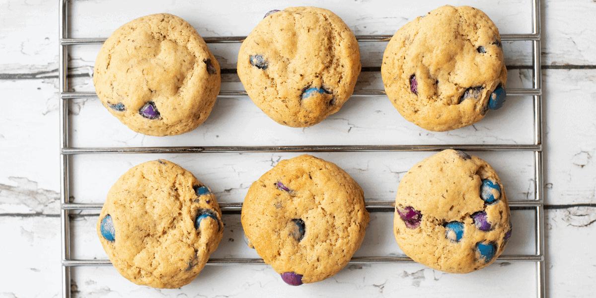 Vegan M&M Cookies