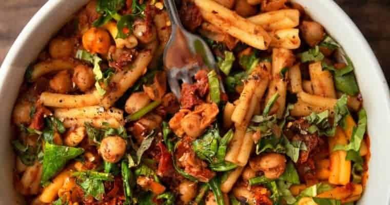 Chickpea, Spinach & Sundried Tomato Pasta Vegan Style